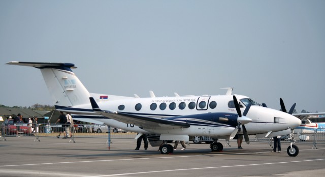 Beechcraft_King_Air_350_YU-BTC_SMATSA,_september_01,_2012