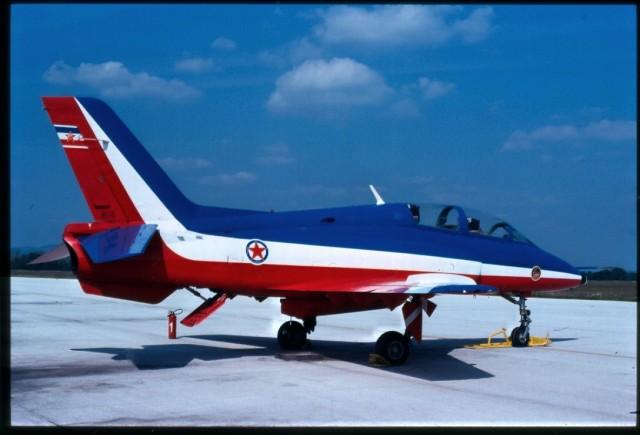 G-4 u bojama akro-grupe ''Leteće zvezde''
