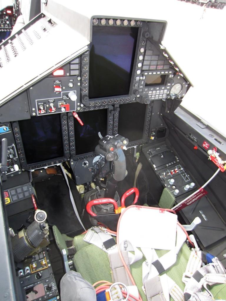 Kokpit MiG-29M2 (zadnji)