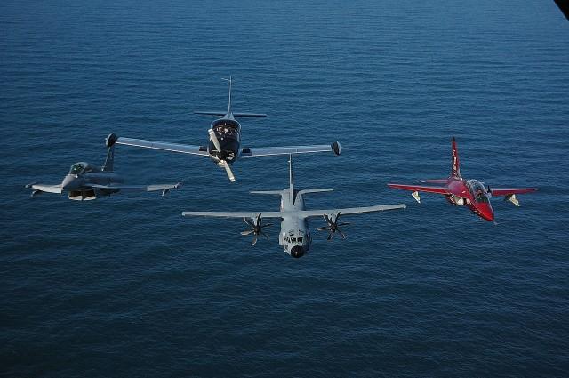 Eurofighter, SF-260, C-27J, M-346