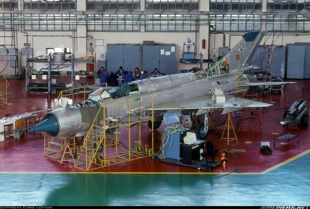 Hrvatski MiG-21 na remontu