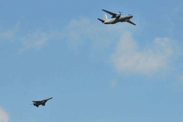 Srpski MiG-29B i rumunski An-30, foto: Ministarstvo Odbrane