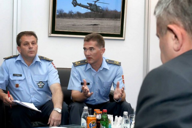 Generali Gordić i Bandić na sastanku sa Rusima