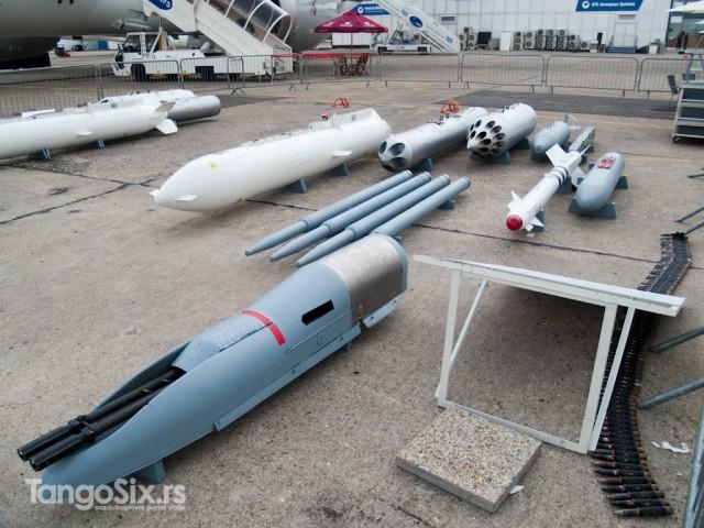 Ubojna sredstva Yak-a 130