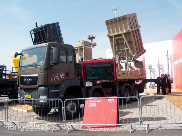 Izraelski mobilni PVO sistem Iron Dome namenjen uništavanju raketa zemlja-zemlja kratkog dometa i nevođene artiljerije