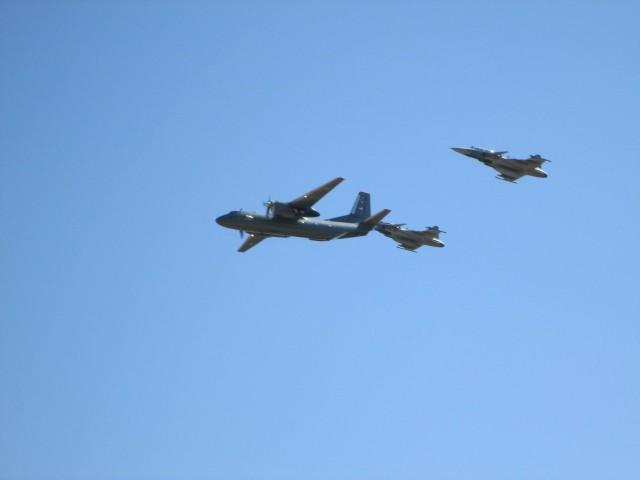 Par Gripena i An-26