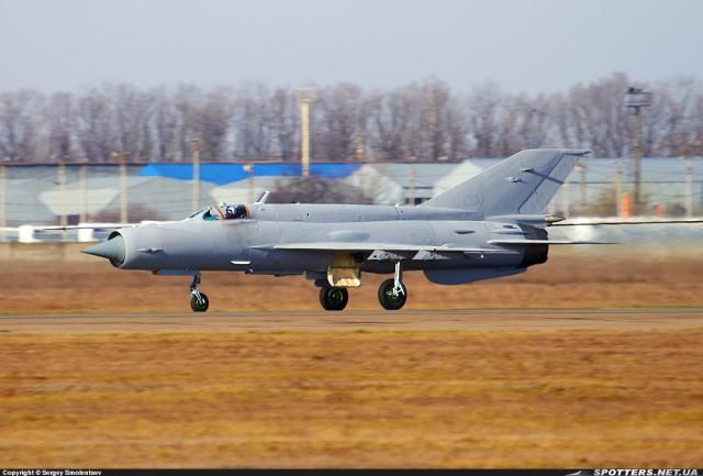 MiG-21bis u Odesi bez oznaka