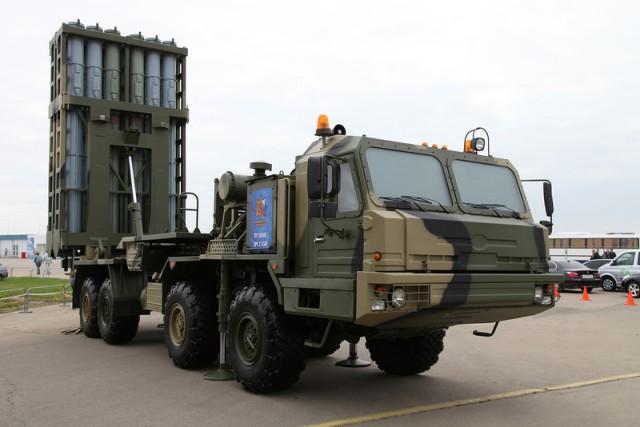Russian Almaz-Antey Unveils S-350E Vityaz Air Defense System (3)