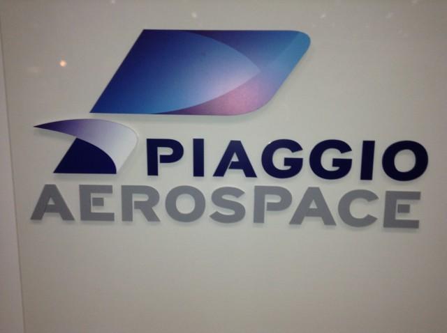 Novi logo kompanije Piaggio Aerospace.