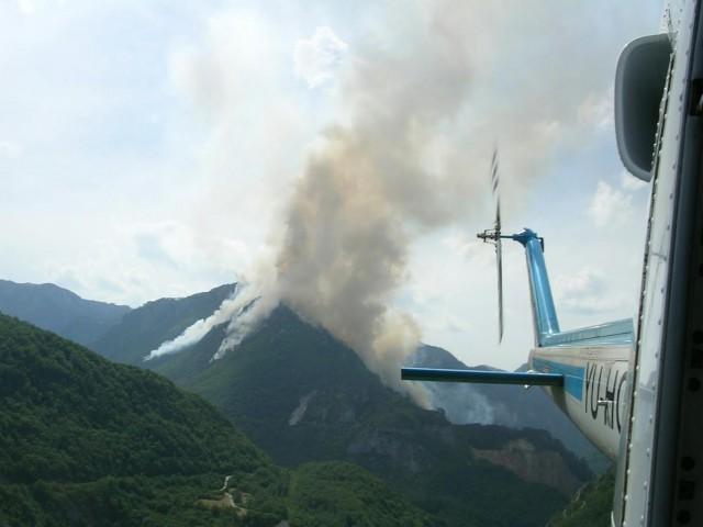 Helikopterska jedinica MUP-a u jednoj od akcija gašenja požara iz vazduha