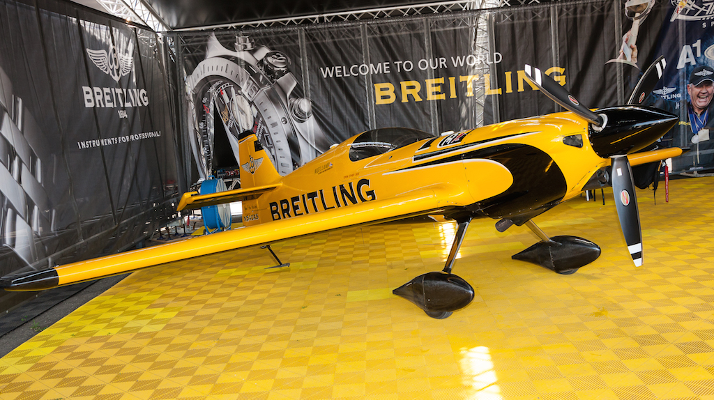"Od Breitling ""nakita"", pored aviona, Lamb preferira ""Emergency"". Foto: Dragan Trifunović"