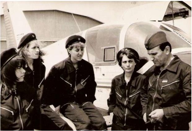 Prva generacija ženskih pilota RV SFRJ Zene-3