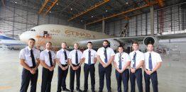 """""""Etihad Airways Engineering"""" pokolonio vrata Erbasa A380 beogradskoj srednjoj školi"""