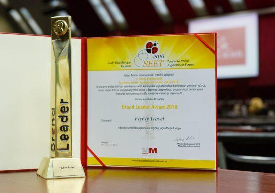 """""""Fly Fly Travel"""" i """"Montenegro Airlines"""" dobili nagradu """"Brand Leader Award 2016"""""""
