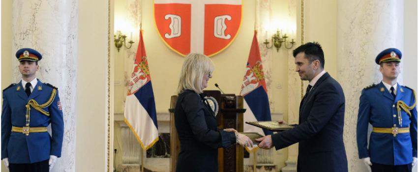 Direktorat civilnog vazduhoplovstva donira 35 miliona dinara Vojsci za nabavku SAR opreme
