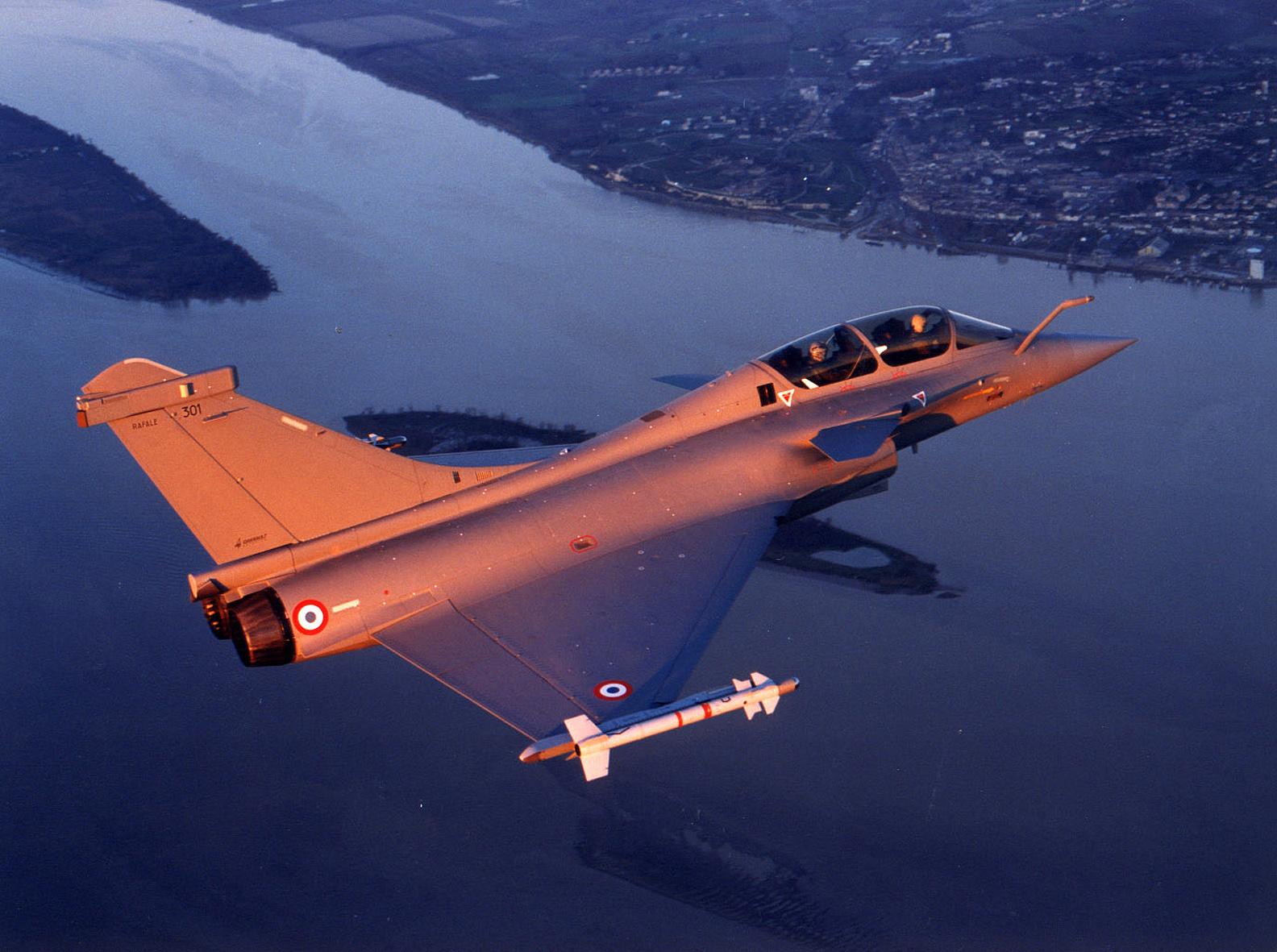 francuski-rafale-b-301