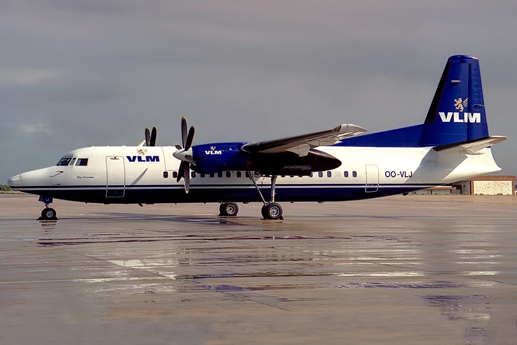 Fokker_50,_VLM_Airlines_JP6139758