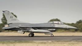 F-16CM na aero-mitingu Batajnica 2012