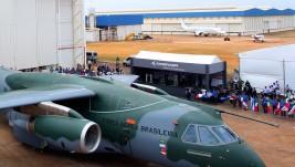 Prvi let Embraerovog transportera