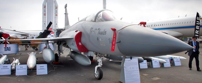 "Burže 2015: JF-17 ""Thunder"" munjevito do narudžbine"