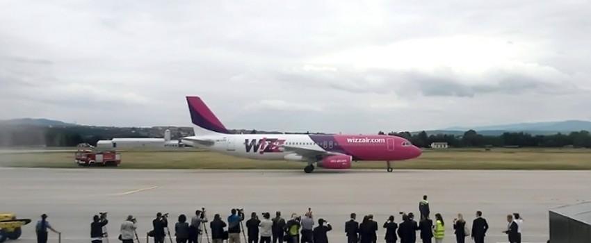 Poleteo prvi avion na liniji Niš-Malme