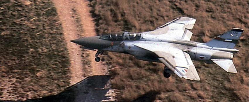 Nisko i bez straha: Lovačko-bombarderska avijacija Vojske Jugoslavije u borbenim dejstvima 1999. godine