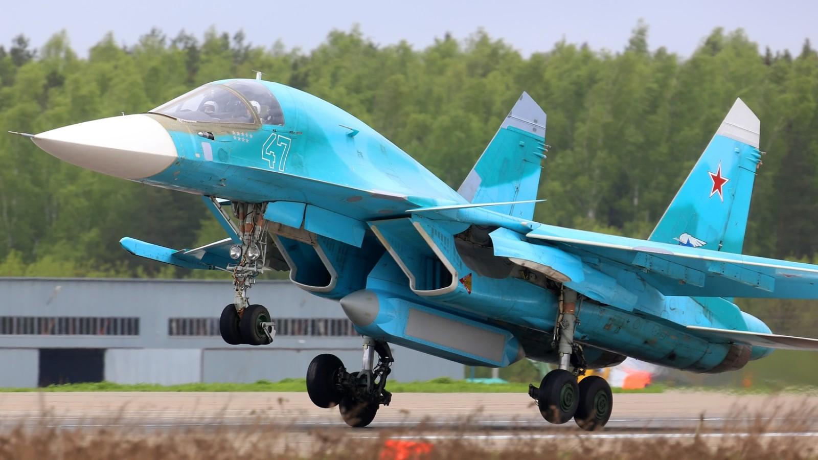Taktički bombarder Su-34, budući oslonac ruske frontovske avijacije