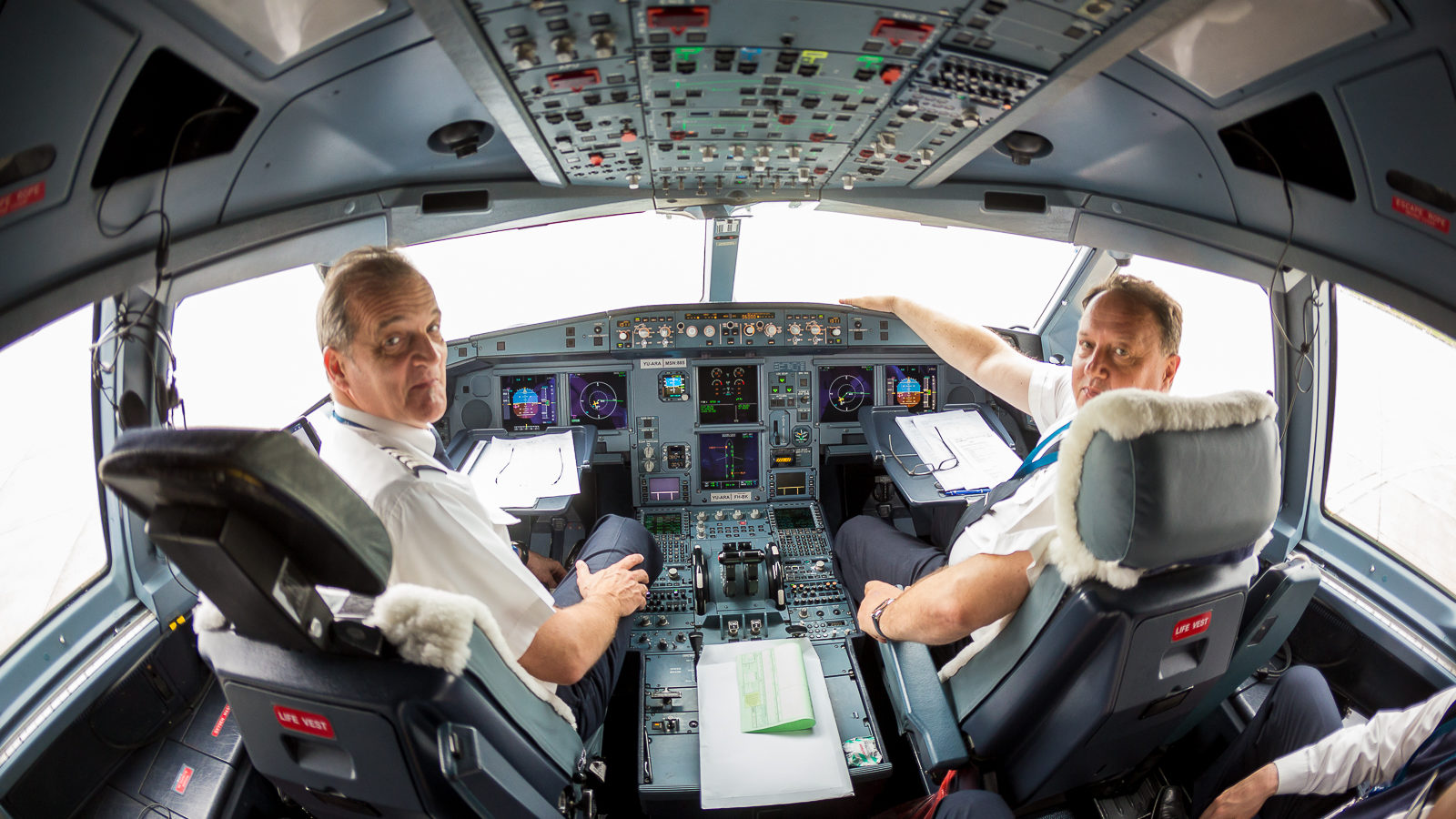 Leteli smo Erbasom A330 do Zagreba: Šta čeka putnike u najvećem avionu Er Srbije