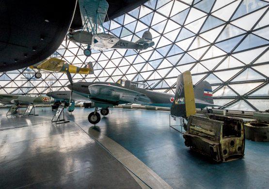 """Facebook"" status Zorana Modlija pokrenuo niz negativnih komentara o Muzeju vazduhoplovstva; MVB radio po zakonu"