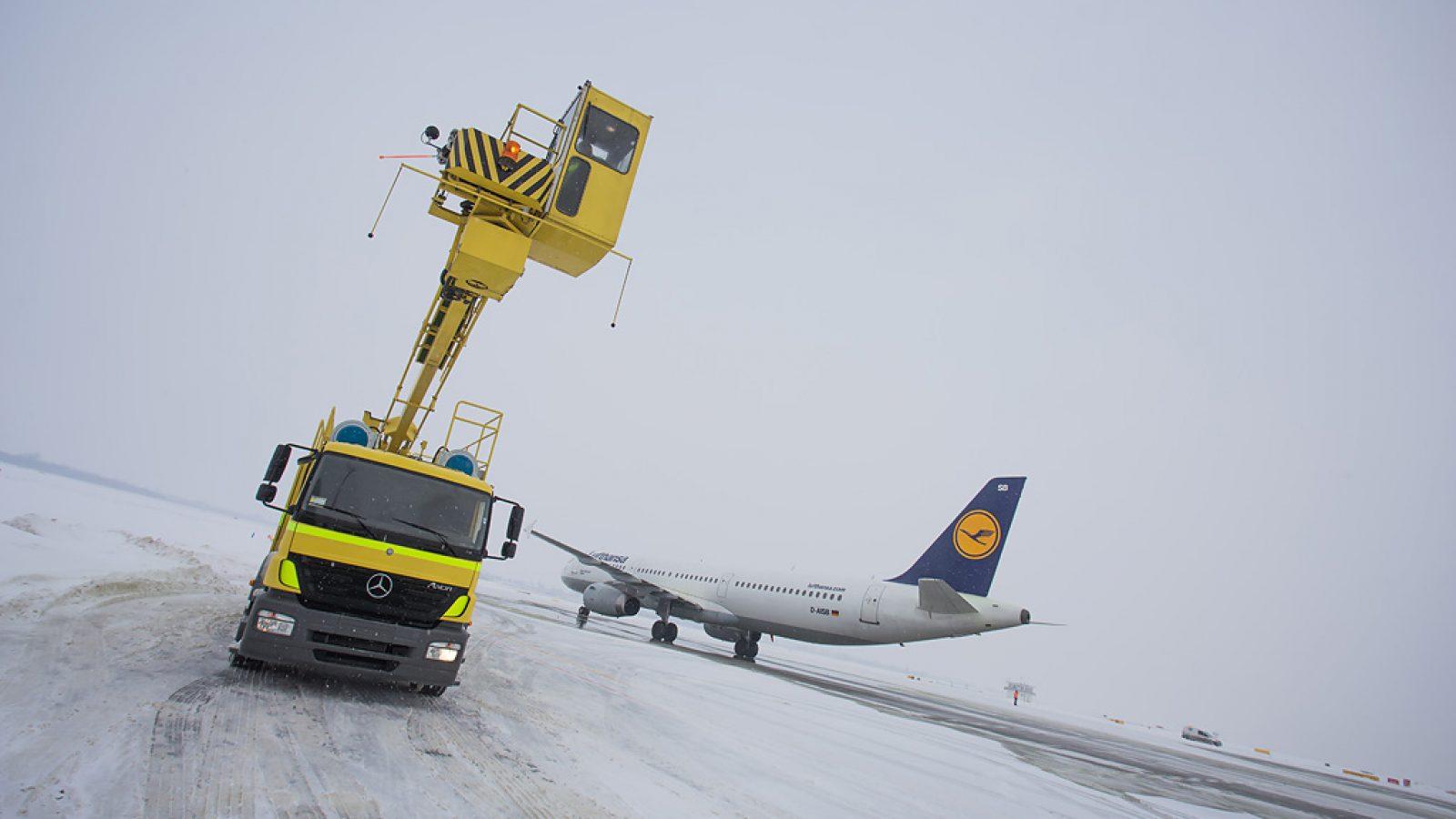 """Zimske operacije na Aerodromu """"Nikola Tesla"""""""