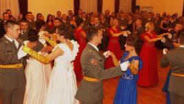 Udruženje žena letača: Oko 100 ljudi na Avijatičarskom balu, među njima i princeza Jelisaveta Karađorđević