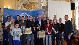 Vazduhoplovni savez Srbije dodelio priznanja: Zlatni orao za Đurkovića i Čipčića