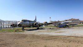 """Započelo premeštanje starih aviona iz kruga Aerodroma """"Nikola Tesla"""" u Muzej vazduhoplovstva"""