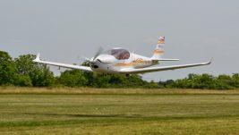 [FOTO REPORTAŽA] Fly-in u Pančevu: Bogat letački program sa više od 20 letelica