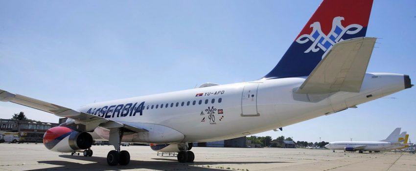 Er Srbija postavila amblem na avione povodom 90 godina rada srpske nacionalne avio-kompanije