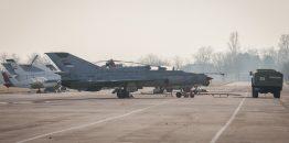 Komandant 204. vazduhoplovne brigade: MiG-ovi i Laste stižu krajem godine, dežurna jedinica lovačke avijacije normalno funkcioniše, povećan nalet pilota, obezbeđena smena generacija kadra