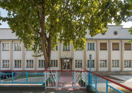 "Izgubljena borba za ""Ikarus"": Počelo rušenje zgrade prve srpske fabrike aviona"
