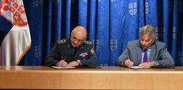 Piloti RV i PVO dobijaju naočare za sunce od Beogradske poslovne škole i još jedna nepreciznost ministra Vulina?