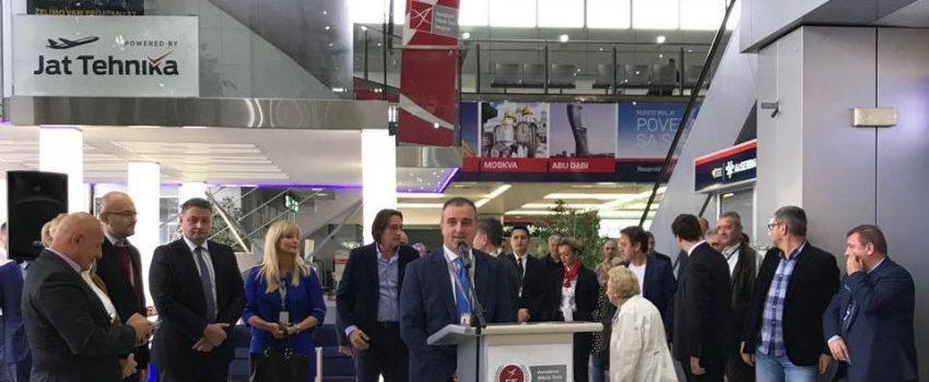 Postavljen simulator letenja Boinga 737-800 u putničkoj zgradi Aerodroma Nikola Tesla