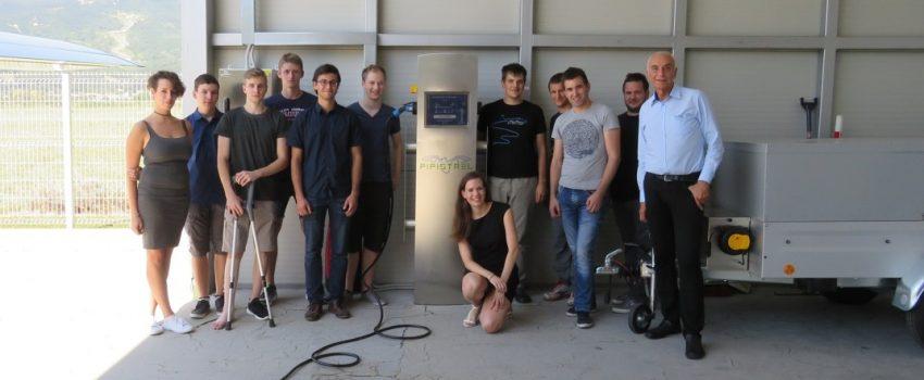 Slovenci ponovo pomeraju granice: Pipistrel postavio prvu javnu stanicu za napajanje aviona strujom