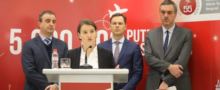 """Brnabić garantuje: Ugovor i aneksi za koncesiju """"Tesle"""" biće javni"""