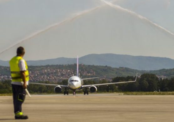 "[POSLEDNJA VEST] Prva runda dobijena: Aerodrom ""Konstantin Veliki"" za sada ipak ne prelazi u državno vlasništvo"