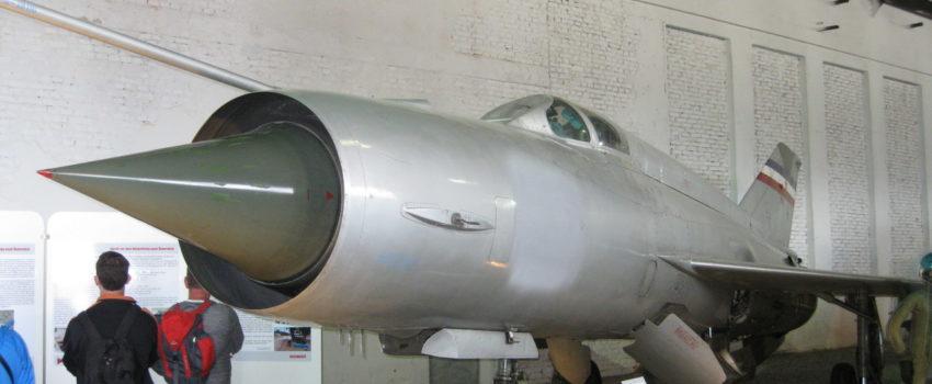 Hrvatska pregovara sa Austrijom o isporuci MiG-a 21 kojim je Rudolf Perešin 1991. preleteo u Klagenfurt, prvi korak predaja Perešinove odeće