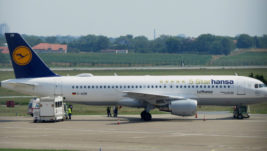 "Lufthansa vanredno na ""Tesli"" iz medicinskih razloga"