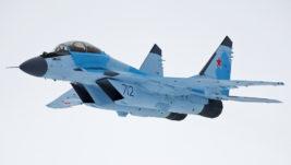 Ministarstvo odbrane Rusije naručilo prve višenamenske borbene avione MiG-35