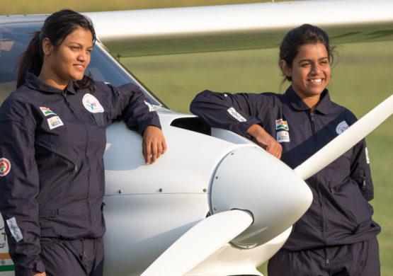 [INTERVJU] Dve Indijke na misiji leta oko planete za manje od 90 dana; Ultra-lako letenje naučile u Srbiji