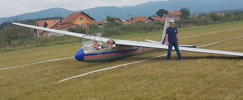 Održan 13. Blanik kup na Aerodromu Urije u Prijedoru; Prisustvovalo preko 2.500 ljudi