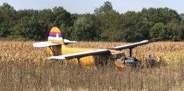 [EKSKLUZIVNO] Prve fotografije prinudnog vanaerodromskog sletanja aviona An-2 blizu Jagodine