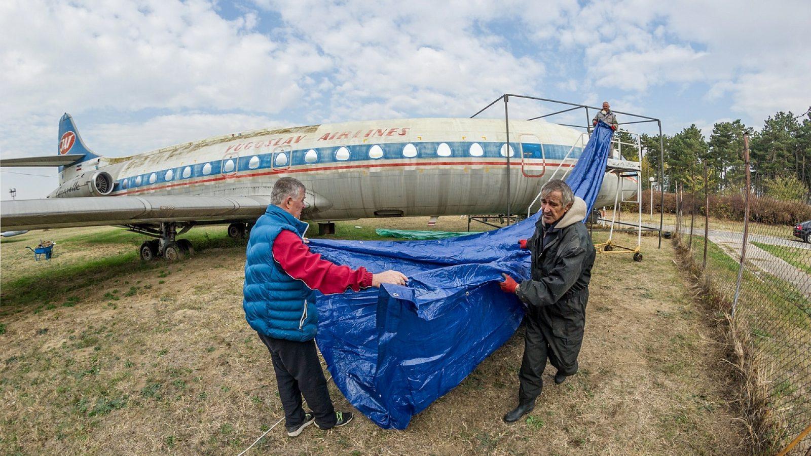 Muzej vazduhoplovstva obnavlja boje JAT-ove Karavele: Farbanje gotovo u naredna tri meseca