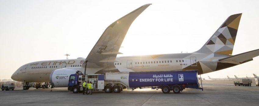 Etihadov Boing 787 na ruti Abu Dabi-Amsterdam obavio prvi putnički let u svetu koristeći lokalno proizvedeno biogorivo